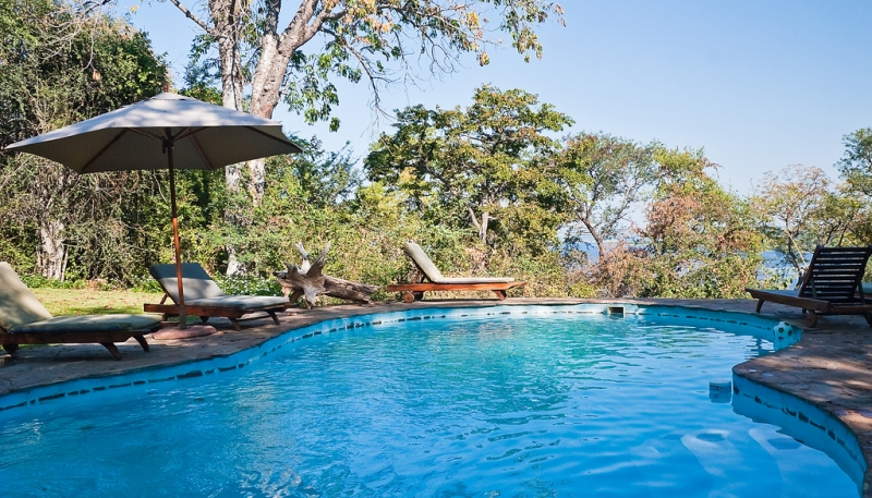 muchenje-safari-lodge-pool